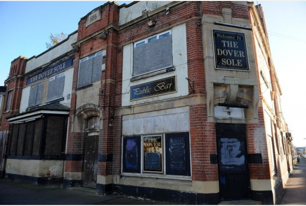 Vandal-hit Hessle Road pub to be transformed into flats and
